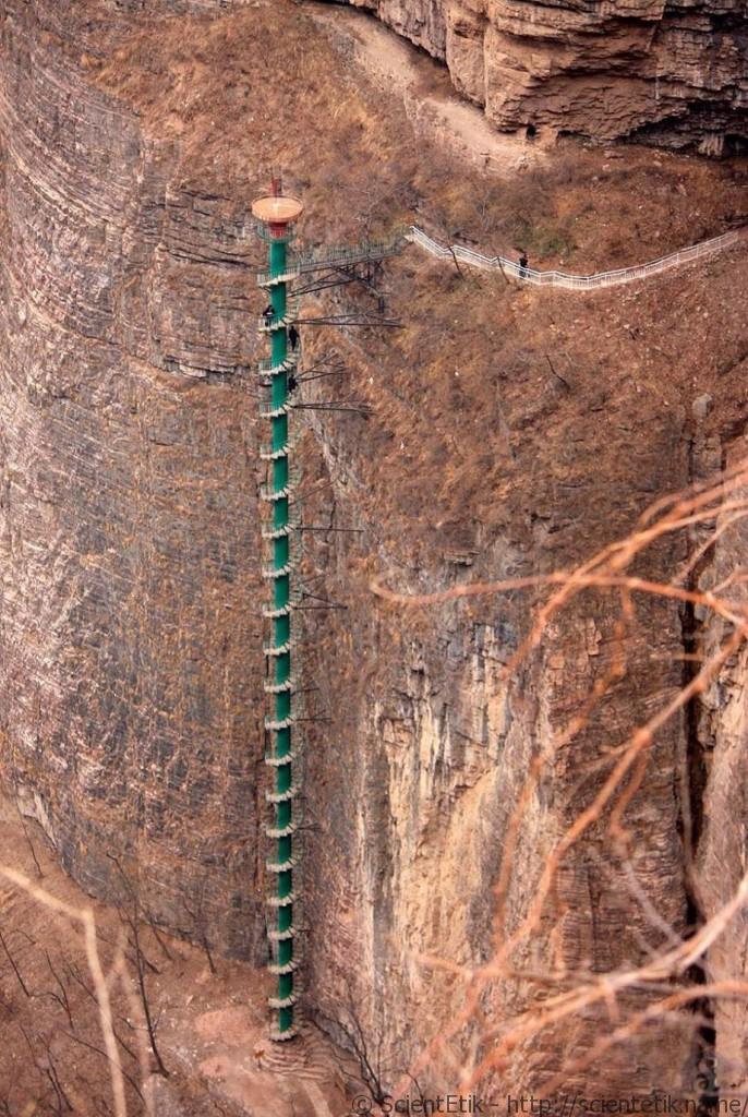 1-spiralstaircase